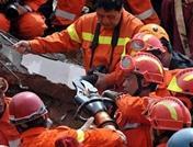 تقرير اخبارى: استمرار بحث فرق الانقاذ عن الناجين بعد ال 72 ساعة ذهبية