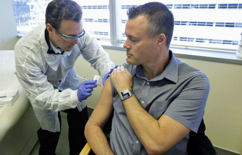 日本政府:2021年上半年拟确保所有国民打上疫苗