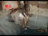 白领美女穿上超薄肉色丝袜 高清视频