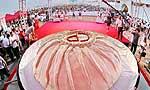 1367公斤世界最大包子亮相