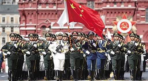 """壮哉!盘点各国阅兵场上的""""中国风"""""""