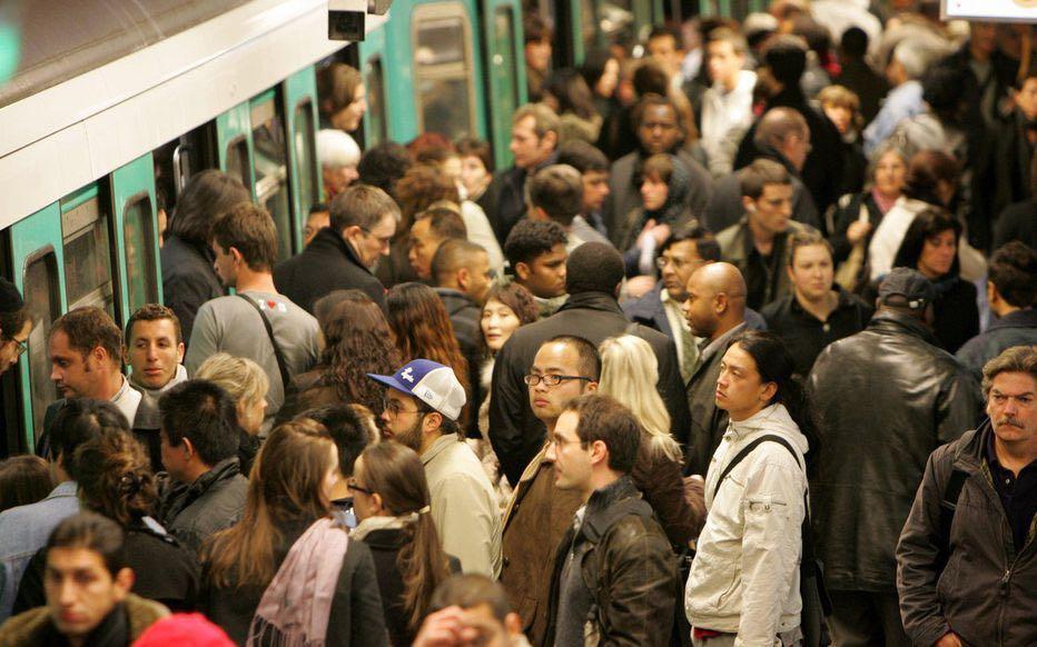12年最大規模!巴黎地鐵將罷工 40分鐘才來一列車