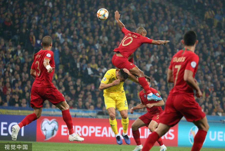 [图]欧预赛-C罗700球葡萄牙1-2负 乌克兰提前出线