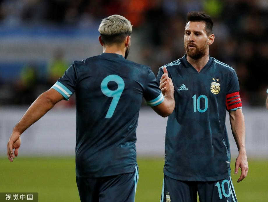 [图]热身-梅西传射建功+点球绝平 阿根廷2-2乌拉圭