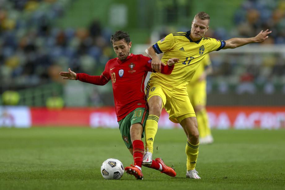 [图]C罗替身2射1传B席破门 葡萄牙3-0胜瑞典