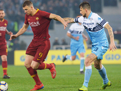 [意甲]第26轮:拉齐奥3-0罗马 比赛集锦