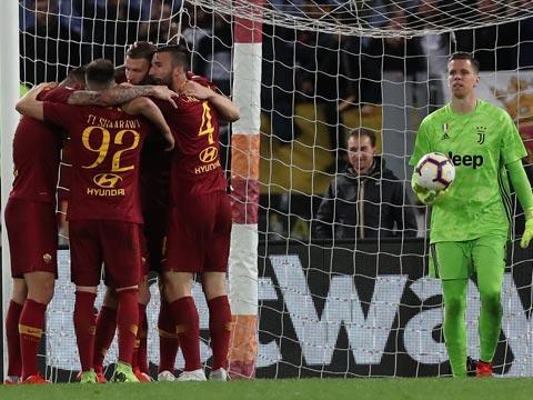 [意甲]第36轮:罗马2-0尤文图斯 比赛集锦