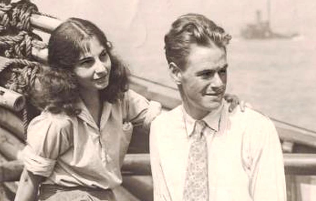 """爱她就带她去远航  百年""""厦门号""""两任船长的爱之旅 00:02:40"""