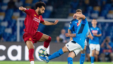 [欧冠]E组第1轮:那不勒斯2-0利物浦 比赛集锦