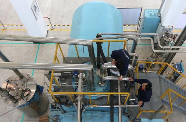 零下271℃!我国自主研发出超流氦大型低温制冷装备