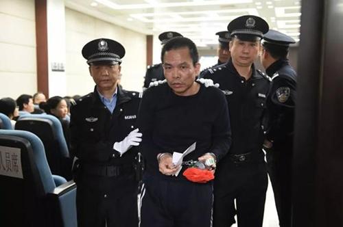 蔡东家在佛山市中级人民法院受审