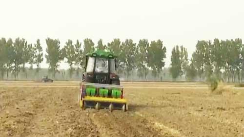 闯出农村就业新天地 农村正成为财富热土