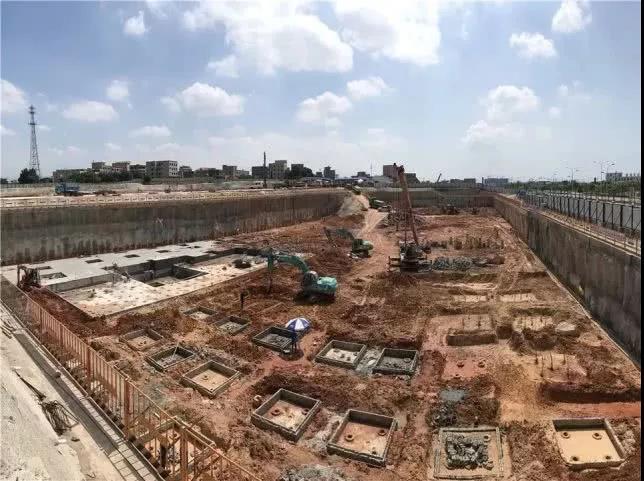 截至7月底,项目正在进行地下室工程施工