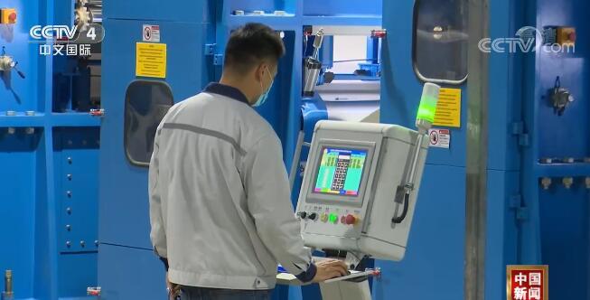 《【华宇娱乐集团】新闻观察:中国经济恢复性增长势头进一步增强》