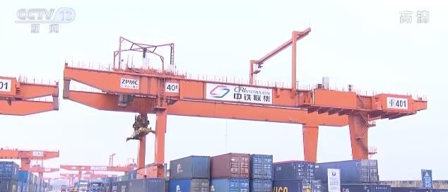 """中国经济加速""""回暖""""为世界经济复苏向好注入强大动能"""