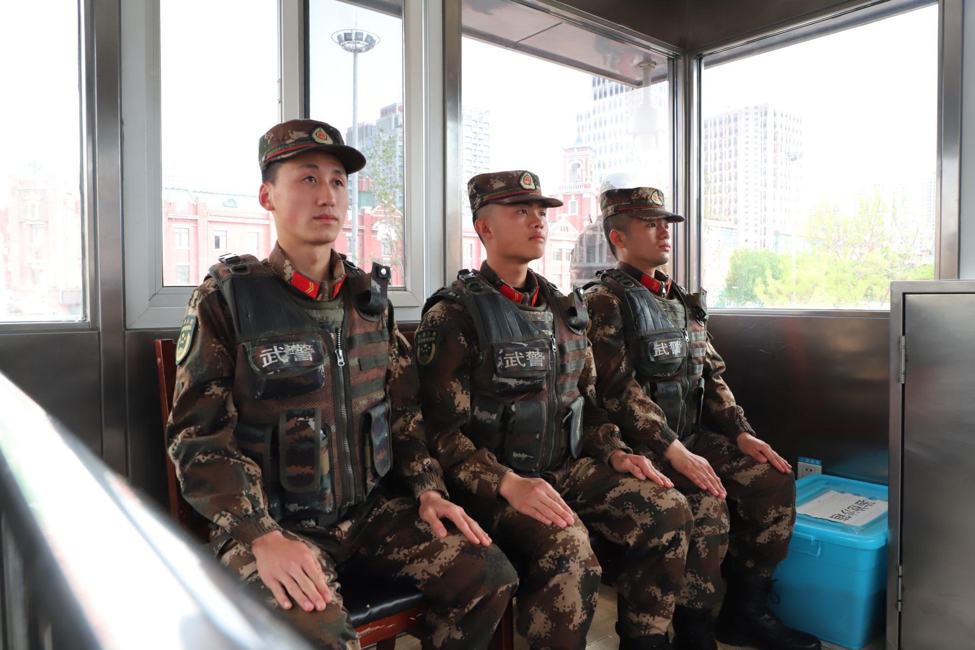 五一小长假 武警沈阳支队官兵全时坚守战位保安全插图(5)