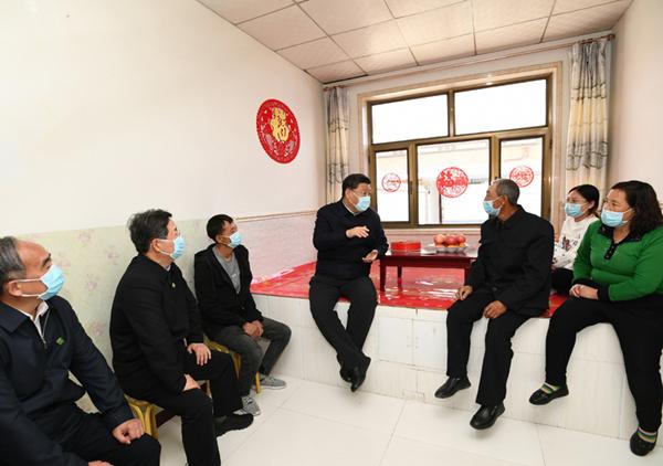 """习近平与父亲:两代共产党人的""""接力"""""""